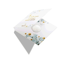 Free Valmont Fizzy Mint Fragrance Sample + Deto2x Cream