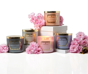 Free Full-Sized Scented Candles From Colonial Candle